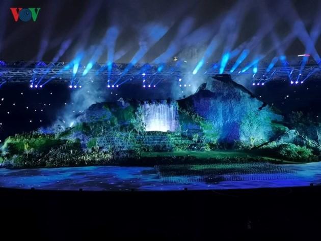 """Asian Games 2018 : Acara pembukaan yang mengesankan dan kolosal dalam suasana pesta dari """"negeri puluhan ribu pulau"""" Indonesia - ảnh 1"""