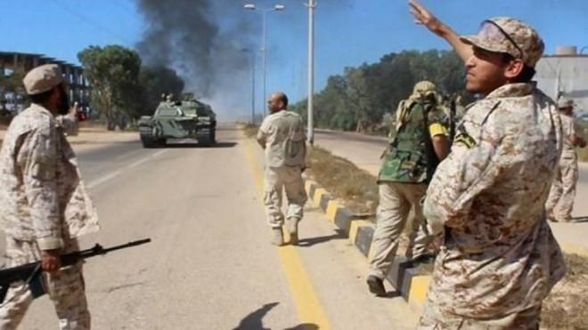Libia berada dalam situasi siaga setelah serangan berdarah-darah IS - ảnh 1