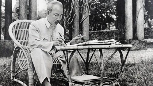 Nilai fikiran dan moral Presiden Ho Chi Minh tersebar luas secara kuat - ảnh 1