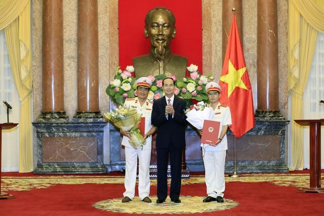 Presiden Viet Nam, Tran Dai quang menyampaikan keputusan mengangkat  Wakil Jaksa Rakyat  Agung  - ảnh 1
