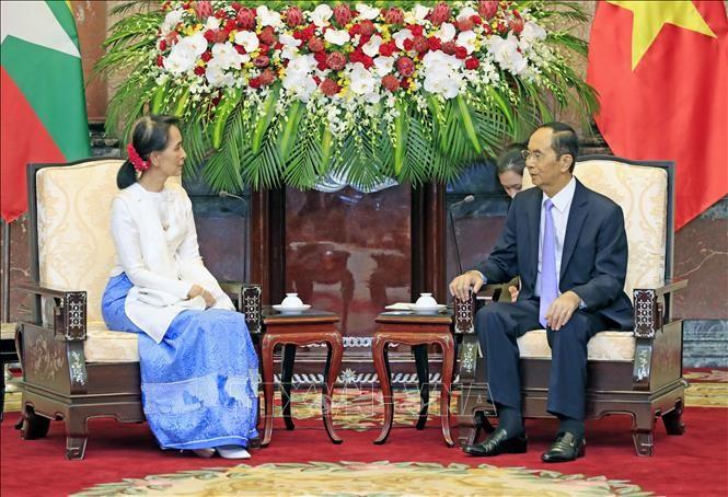Presiden Vietnam, Tran Dai Quang menerima Penasehat Negara Myanmar, Aung San Suu Kyi - ảnh 1