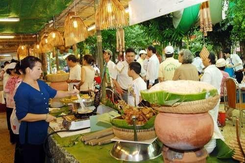 Festival budaya kuliner Hanoi 2018 yang kental dengan corak kebudayaan - ảnh 1