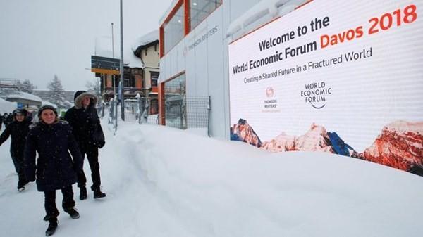 Ketua WEF : Globalisasi harus lebih adil dan menciptakan lebih banyak lapangan kerja - ảnh 1