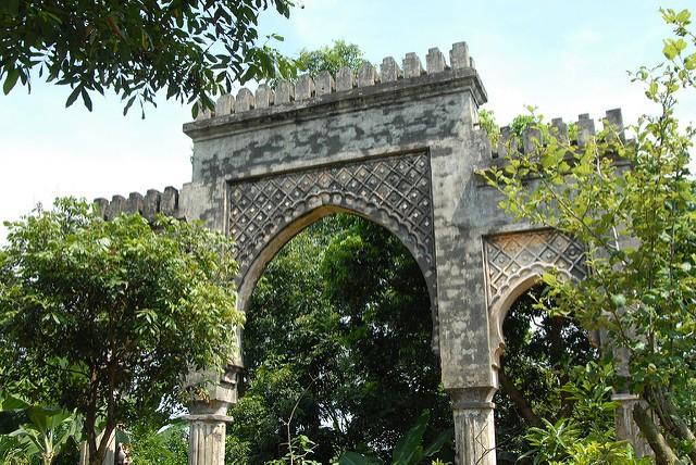 Meresmikan pintu gerbang  pintu Maroko-simbol dari solidaritas Vietnam- Maroko - ảnh 1