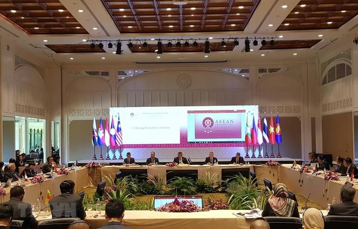 Konferensi pejabat pertahanan  senior ASEAN yang diperluas (ADSOM+)-tahun 2019  - ảnh 1