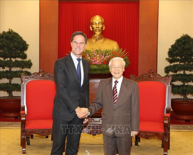 Sekjen KSPK, Presiden Vietnam, Nguyen Phu  Trong menerima PM Kerajaan Belanda, Mark Rutte - ảnh 1