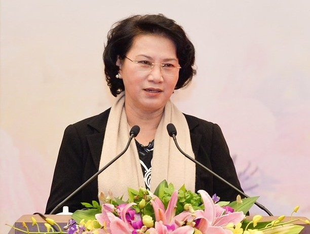 National Assembly Chairwoman receives Lao high-ranking official - ảnh 1