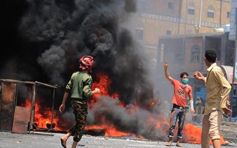 Yemen bogged down in crisis - ảnh 1