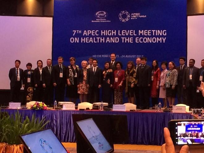 APEC meeting on health and economy - ảnh 1