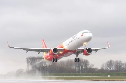 Vietjet Air named one of best Vietnamese listed companies  - ảnh 1