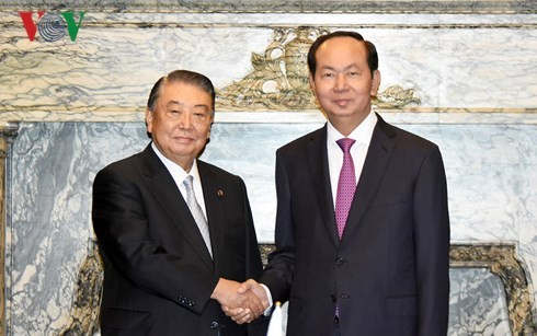 President calls for further legislative exchanges with Japan  - ảnh 1