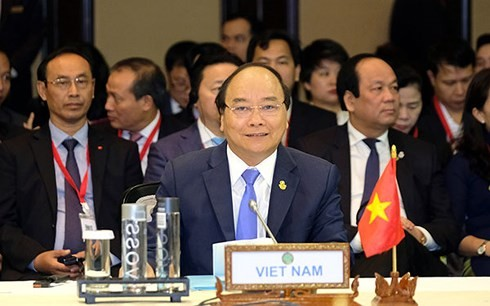 PM  highlights 3 major issues for CLMV cooperation  - ảnh 1