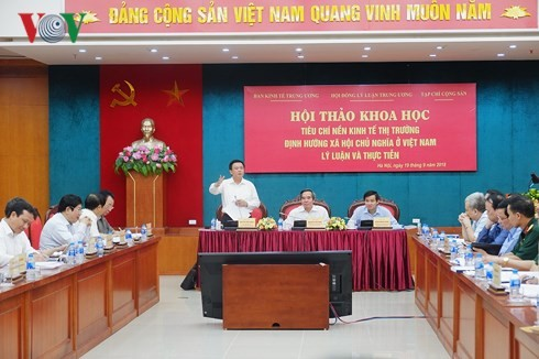 Workshop on Vietnam's socialist oriented market economy - ảnh 1