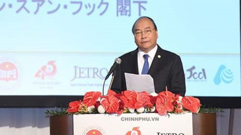 PM praises Japanese firms as role model of FDI investors in Vietnam - ảnh 1