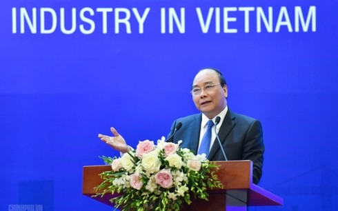 Supporting industry must meet 70% of production, consumption needs by 2030: PM - ảnh 1