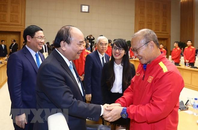 Win of AFF Suzuki Cup elates whole Vietnamese nation: PM - ảnh 1