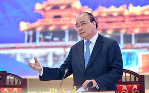 PM urges central provinces' mindset change for stronger development  - ảnh 1