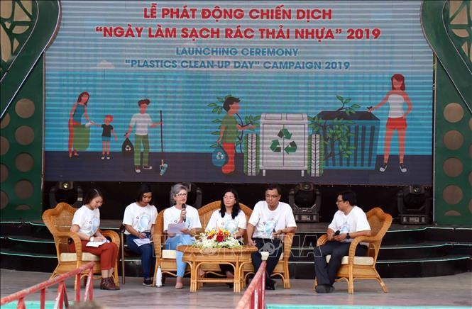 Plastic Waste Cleanup Day campaign launched in Ho Chi Minh city - ảnh 1