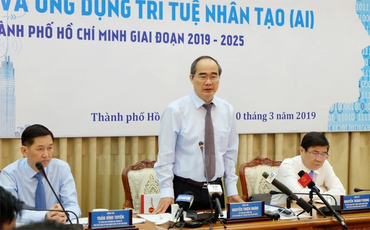 Workshop discusses AI research, application in Ho Chi Minh City  - ảnh 1
