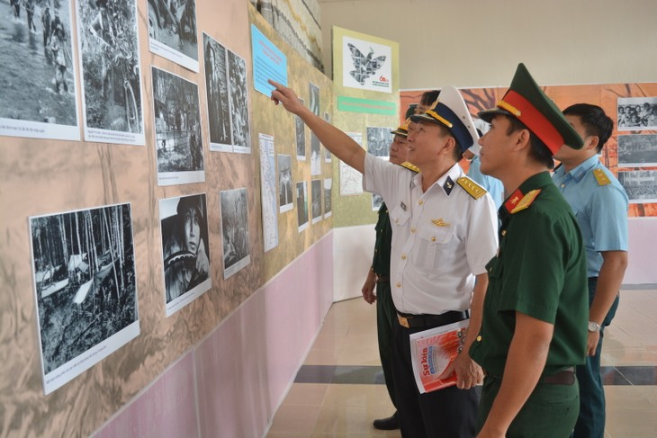 "Exhibition ""Truong Son Trail – Trail of Victory"" opens  - ảnh 1"