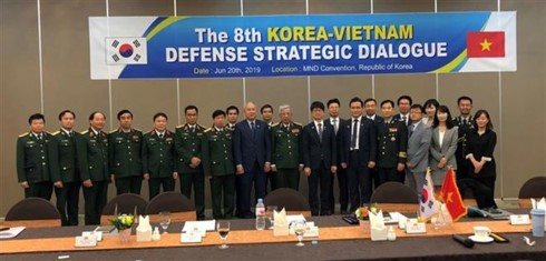 Vietnam, RoK hold defence policy dialogue - ảnh 1