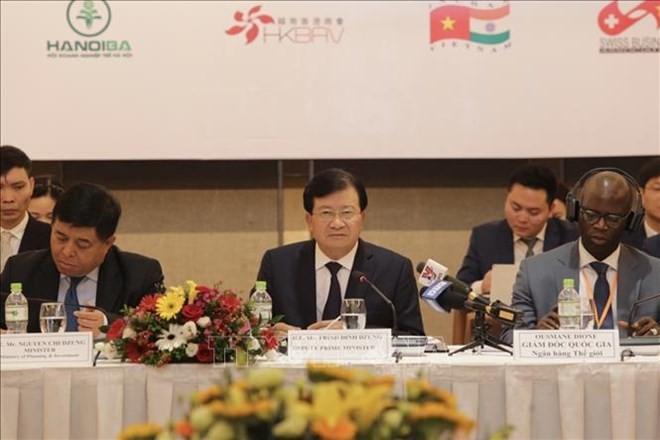 Midterm Vietnam Business Forum promotes private sector development - ảnh 1