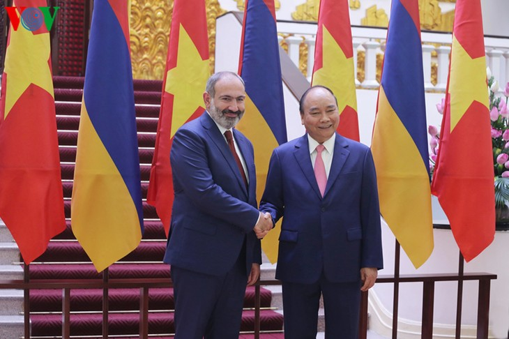 Vietnam treasures traditional friendship with Armenia: PM  - ảnh 2
