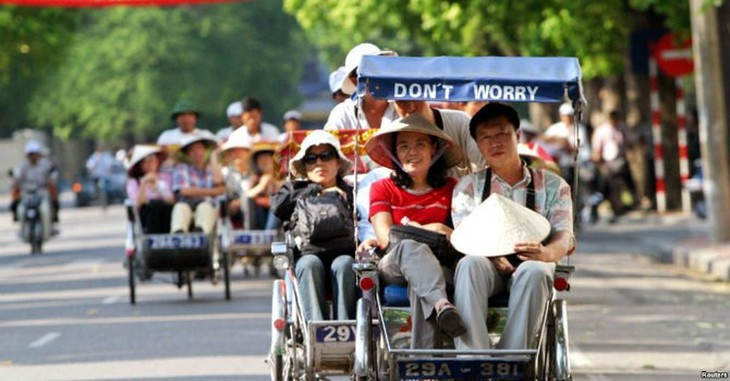 Asian tourists account for 77% of foreign arrivals in Vietnam in H1 - ảnh 1