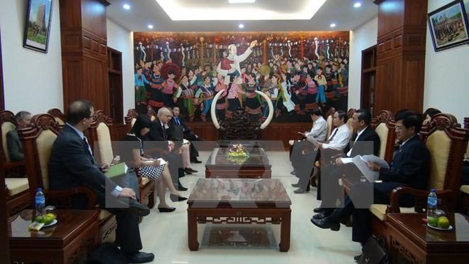 美国国际宗教自由无任所大使大卫·萨佩斯坦访问越南 - ảnh 1