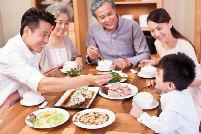 弘扬越南家庭的传统价值 - ảnh 1