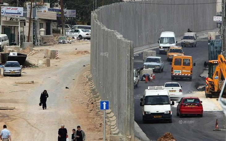 以军证实空袭击中哈马斯在加沙地带的目标 - ảnh 1