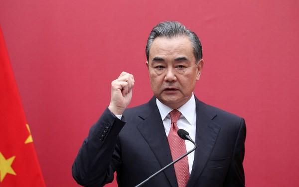 中国国务委员兼外长王毅:中美不应用冷战思维看待对方 - ảnh 1