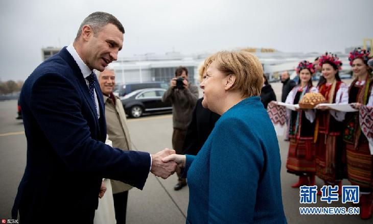 德国总理默克尔访问乌克兰 - ảnh 1