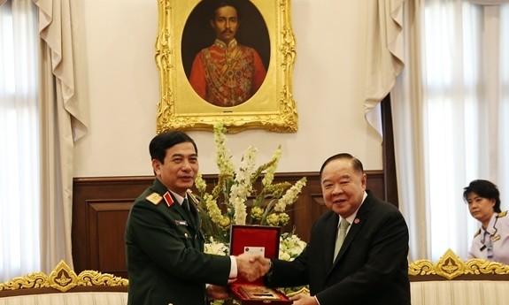เวียดนามและไทยกระชับความร่วมมือด้านกลาโหม - ảnh 1