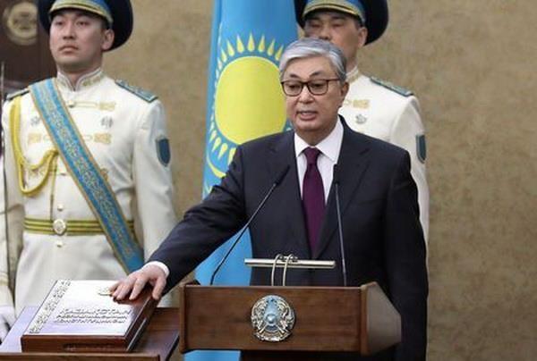 哈萨克斯坦代总统宣誓就职 - ảnh 1