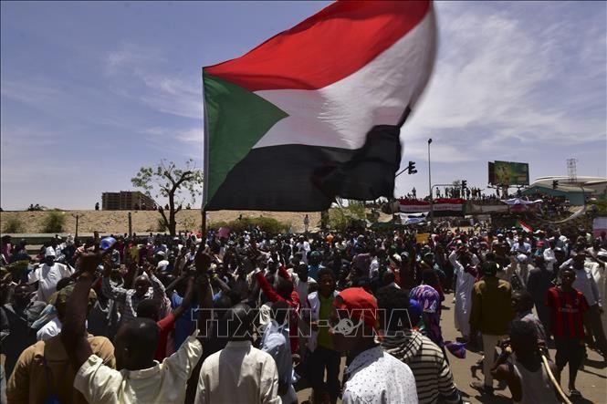 苏丹反对派:愿与军事委员会举行会面 - ảnh 1