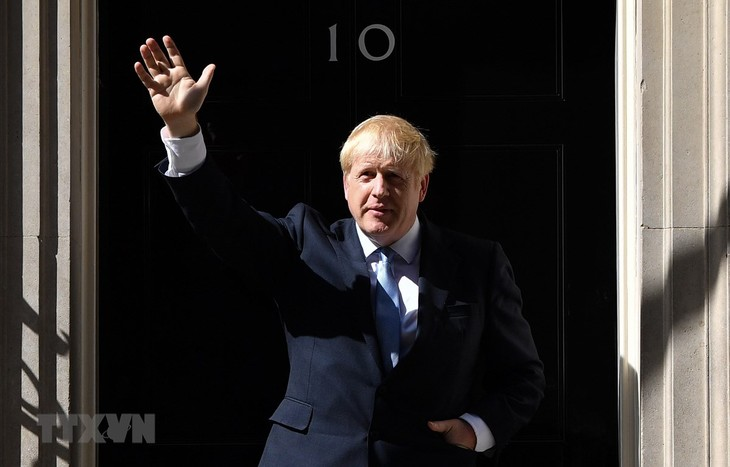 英国首相组建新内阁 - ảnh 1