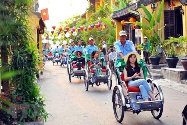 越南旅游部门在第三大旅游市场举行旅游促进推介活动 - ảnh 1