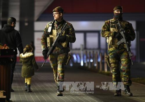 เบลเยี่ยมคงระดับการเตือนภัยระดับ 3 ทั่วประเทศ - ảnh 1
