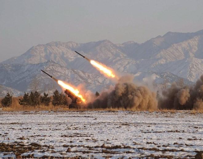 สาธารณรัฐเกาหลียืนยันที่จะตอบโต้อย่างรุนแรงต่อทุกปฏิบัติที่ยั่วยุของเปียงยาง - ảnh 1