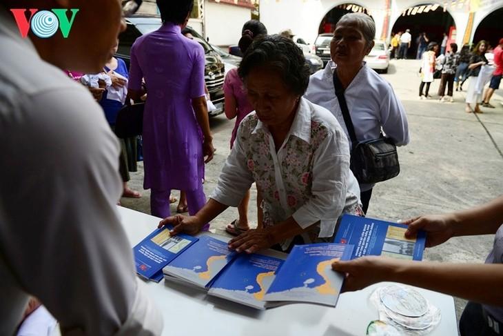 ชาวเวียดนามที่อาศัยในประเทศไทยจัดงานเทศกาลวูลาน  - ảnh 8