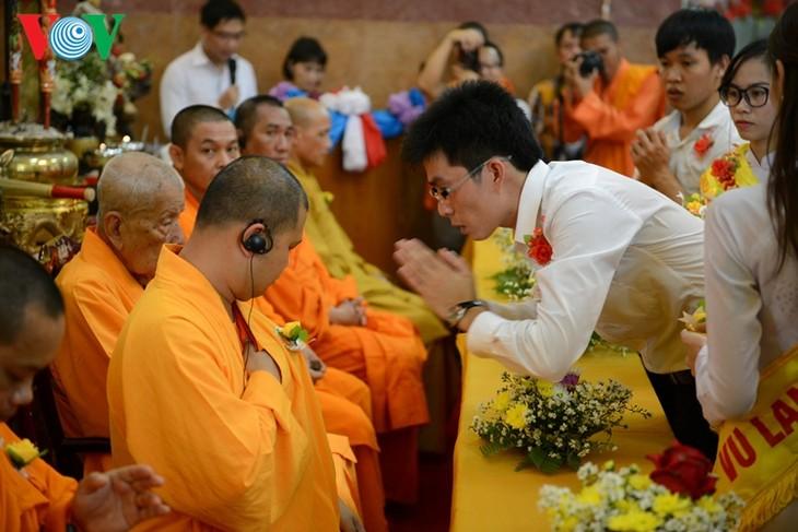 ชาวเวียดนามที่อาศัยในประเทศไทยจัดงานเทศกาลวูลาน  - ảnh 4