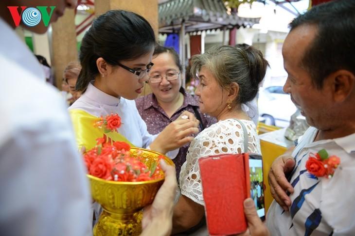 ชาวเวียดนามที่อาศัยในประเทศไทยจัดงานเทศกาลวูลาน  - ảnh 5