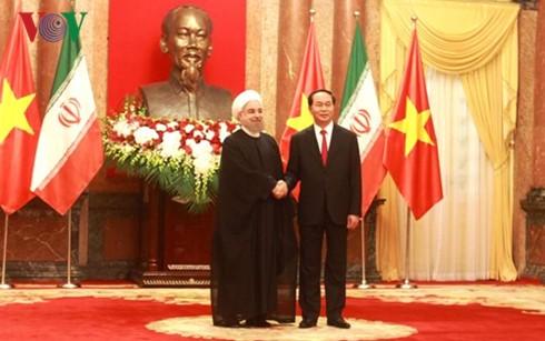 Президент СРВ Чан Дай Куанг провел переговоры с иранским коллегой  - ảnh 1