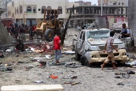 Нападение на военную базу в Йемене привело к многочисленным жертвам - ảnh 1