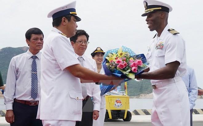 В провинции Кханьхоа прошла 8-я встреча между ВМС Вьетнама и ВМС США - ảnh 1