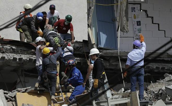 Количество жертв в результате землетрясения в Мексике возросло - ảnh 1