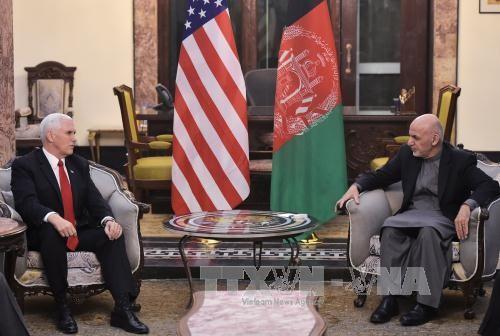 Вице-президент США Майк Пенс неожиданно прибыл в Афганистан - ảnh 1