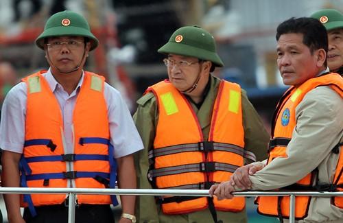 Вице-премьер Вьетнам: необходимо обеспечить безопасность граждан и их имущества - ảnh 1