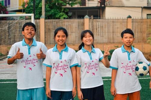 4 вьетнамских подростка примут участие в фестивале «Футбол во имя надежды» - ảnh 1